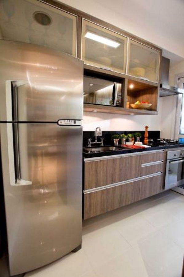 Cozinha com geladeira Duplex