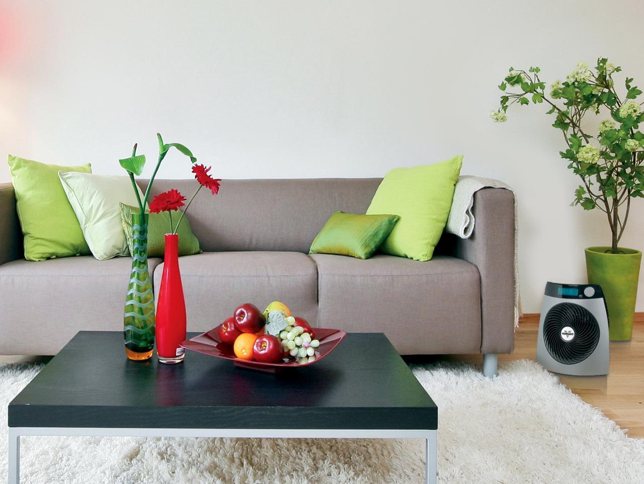 sala de estar com aquecedor de ar elétrico portátil