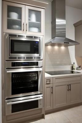 cooktop e forno na cozinha funcional