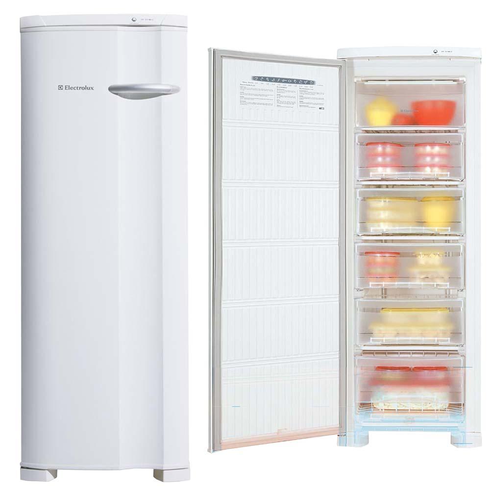 freezer vertical aberto e fechado