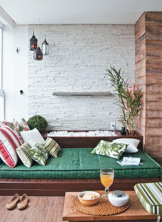 varanda com futon