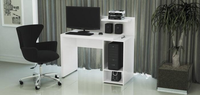 Rack de computador branco